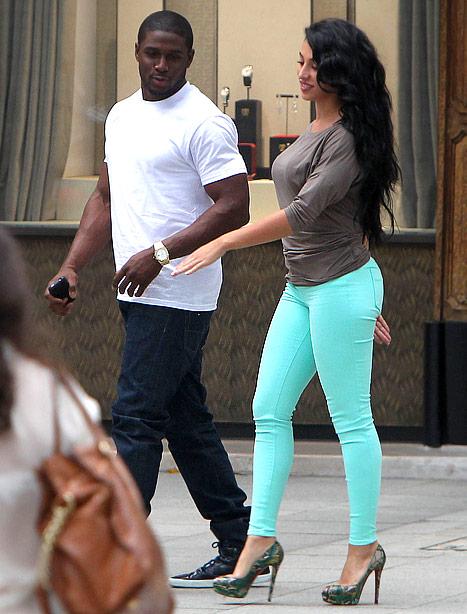Kim Kardashian S Ex Reggie Bush My Girlfriend Is Pregnant